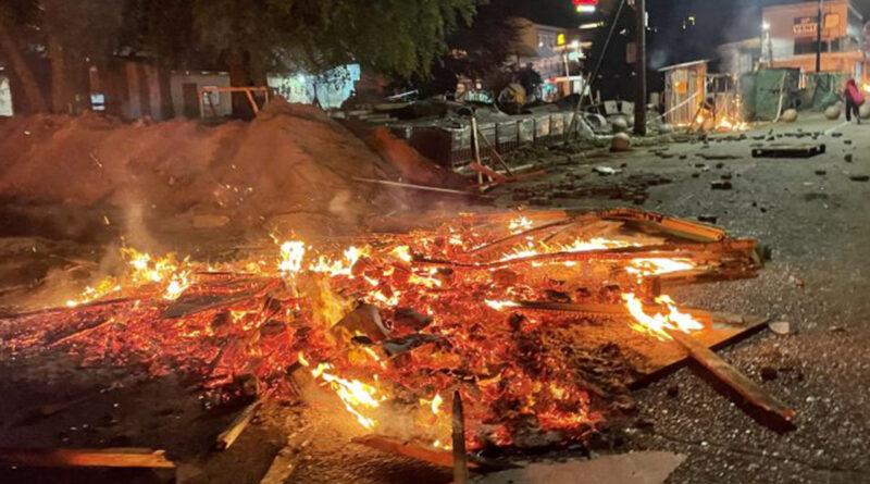 Diputado Berger emplazó a autoridades locales a perseguir a autores de actos vandálicos del 18-O en Valdivia